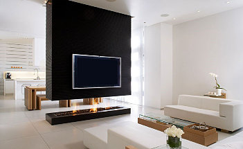 elegant-modern-black-and-white-large-interior-design-of-the-living-room-with-interior-design-with-interior-design-TV-above-fireplace-can-add-the-beauty-of-the-interior-design-inside